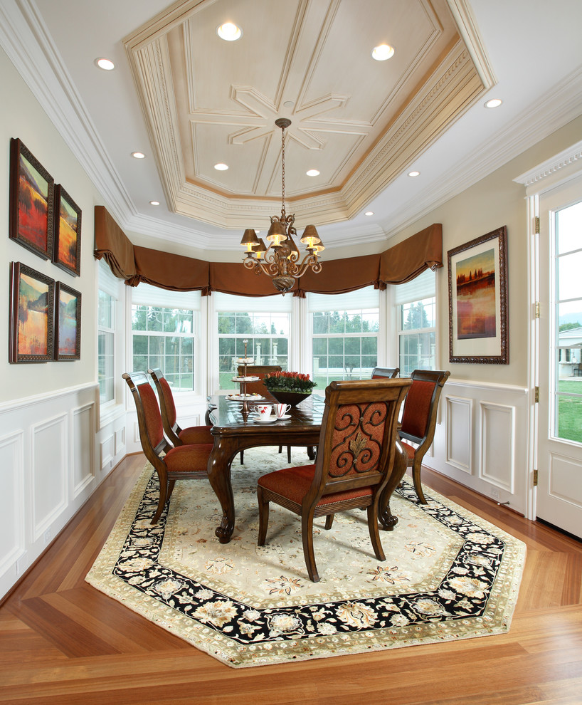 Inspiration for a timeless medium tone wood floor dining room remodel in San Francisco with beige walls