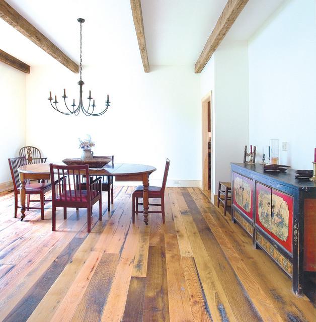 Reclaimed Oak Flooring - Distressed Grade