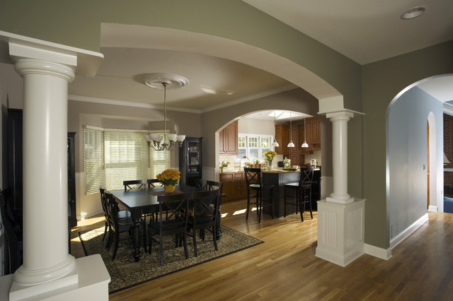 Arched opening to dining room traditional dining room for Designs of arches in living room