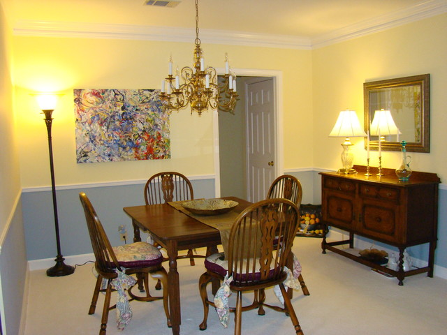 Art Filled Condo traditional-dining-room