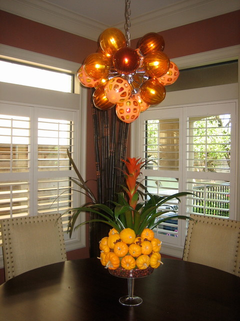 Autumn Decor traditional-dining-room
