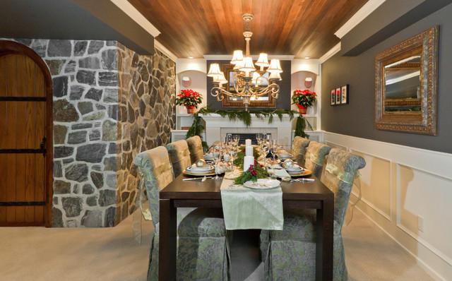 Ballet Kelowna Hot Holiday Homes! traditional-dining-room