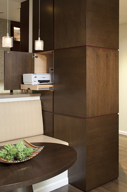 Banquette/Workspace contemporary-dining-room