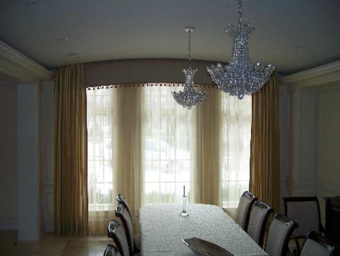 Barrington Homes - Designer Kathy Salerno traditional-dining-room