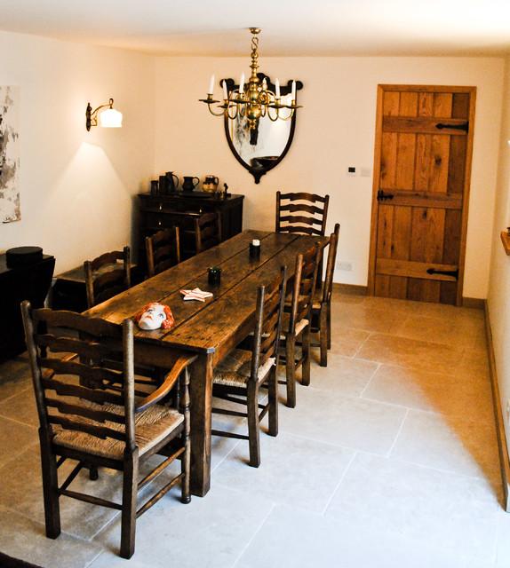 Bath traditional-dining-room