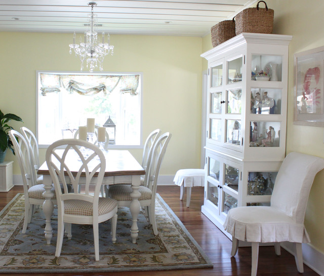 Cottage Dining Room: Orange County