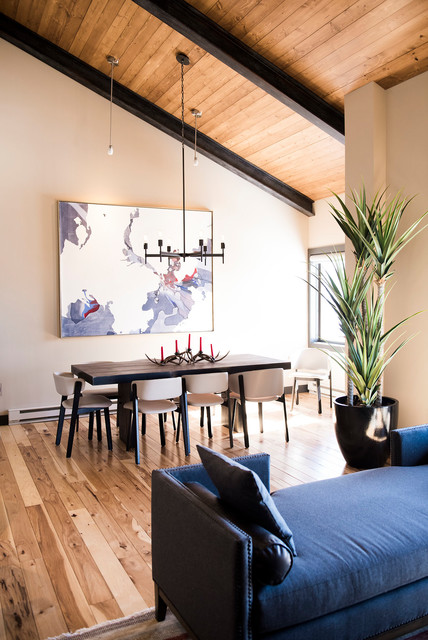 Bear Claw Condominums Contemporary Dining Room