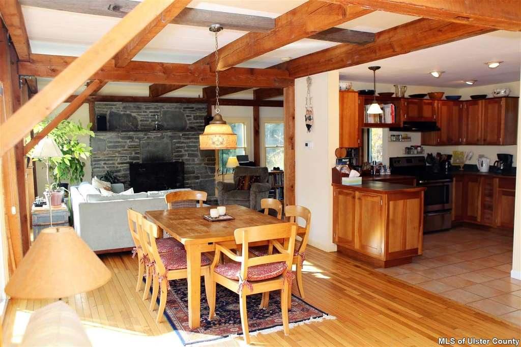 Bearsville Staging 'For Sale'
