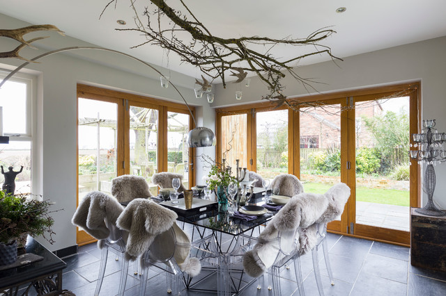 Beautiful yorkshire contemporary dining room london for Beautiful modern dining rooms