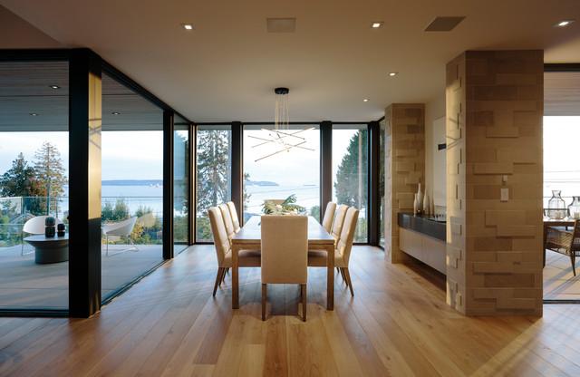 Bellevue Avenue Home contemporary-dining-room