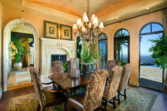 Belvedere Estates dining-room