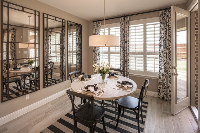 Berkshire // Fort Worth, TX // Highland Homes // Plan 208
