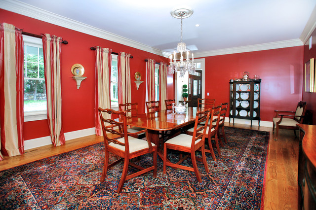 Blueberry Lane traditional dining room