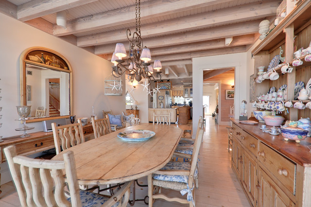 Boardwalk Builders beach-style-dining-room