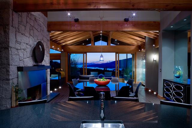 BOWEN ISLAND contemporary-dining-room