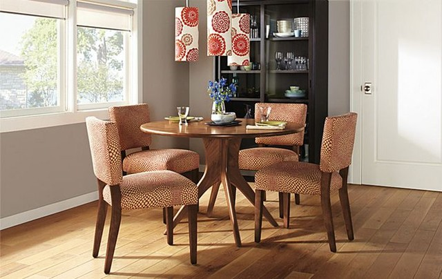 Bradshaw dining table by R&B modern-dining-room