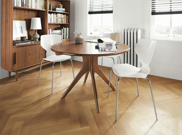 Bradshaw table modern-dining-room