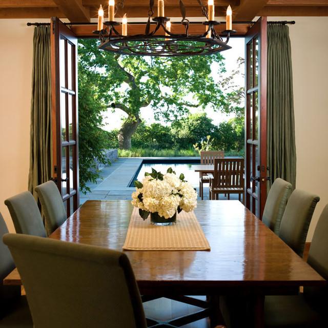 BraytonHughes Design Studios mediterranean-dining-room