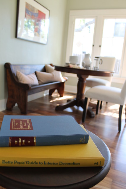 Breakfast Nook Banquette With Vintage Deacon S Bench Church