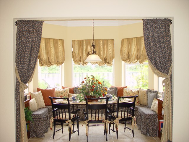 Breakfast Nook Traditional Dining Room Other Metro