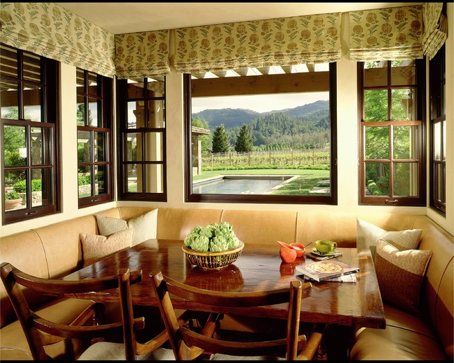 dining room nook