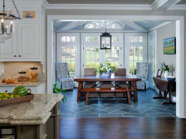 Marvelous Inspiration For A Timeless Kitchen/dining Room Combo Remodel In Newark With  Gray Walls