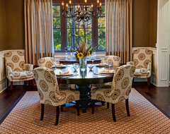 Brentwood Skyewiay traditional dining room