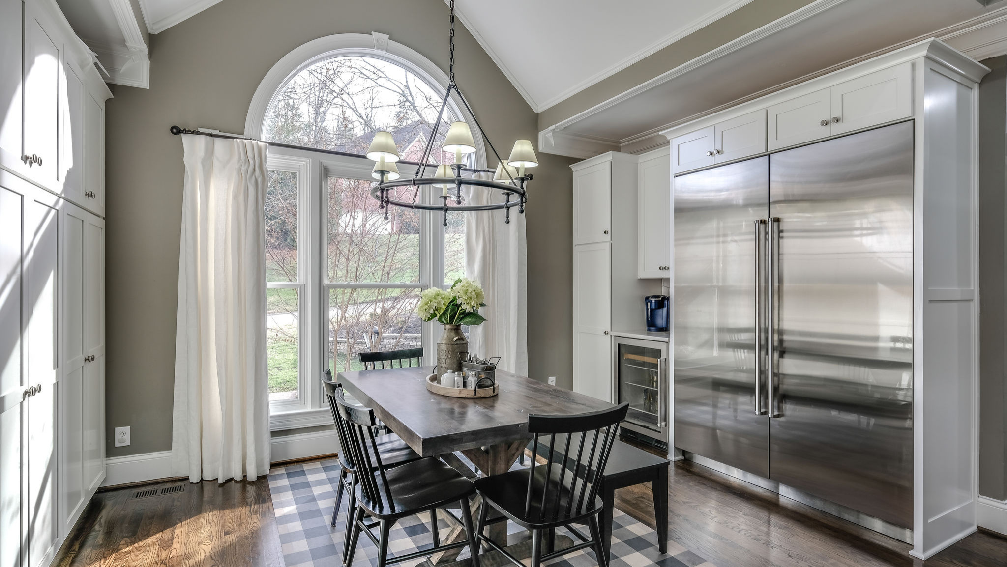 75 Beautiful Dining Room With Gray Walls Pictures Ideas December 2020 Houzz