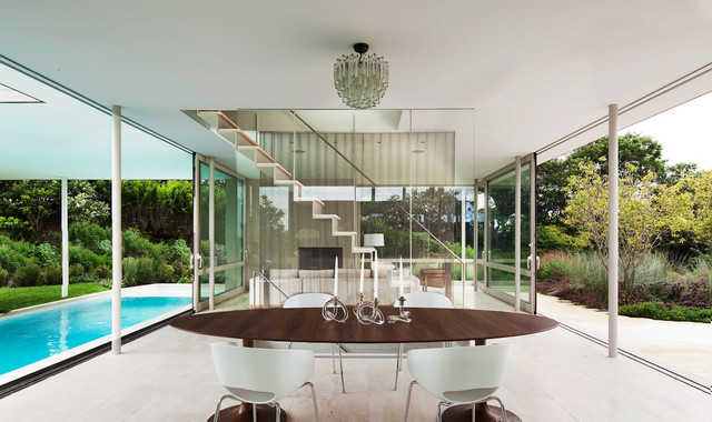 Bridgehampton modern dining room