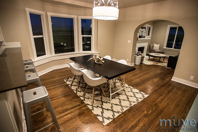 Browning Ave. traditional-dining-room