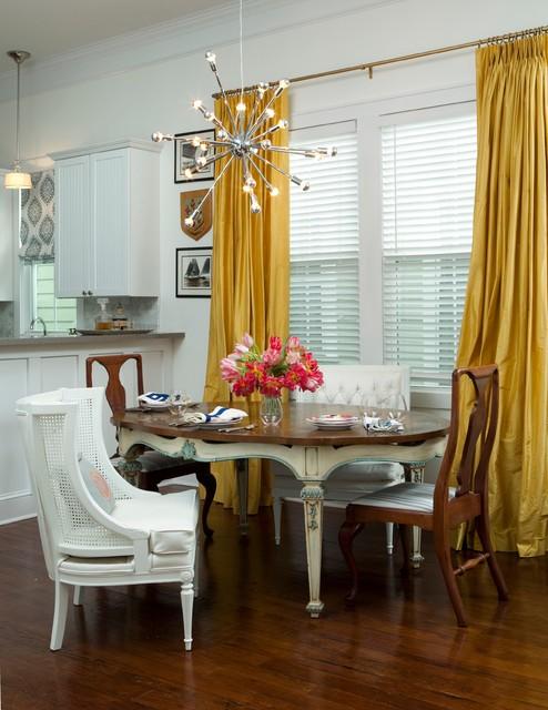 28 carolina dining room dining room round tables for Dining room 28 queen street