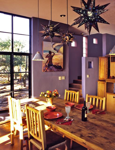 Casa de Buenas Almas tropical-dining-room