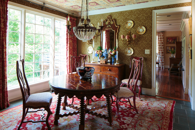 Casa real knoxville tn for todd richesin interiors for Dining room tables knoxville tn