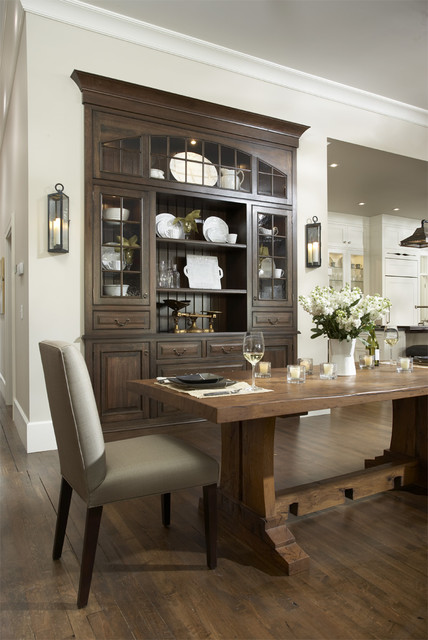 Casa Verde Design traditional dining room