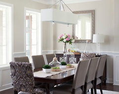 Casual elegance traditional-dining-room