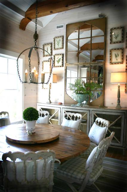 Catalyst Architects, LLC beach-style-dining-room