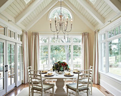 CC traditional dining room