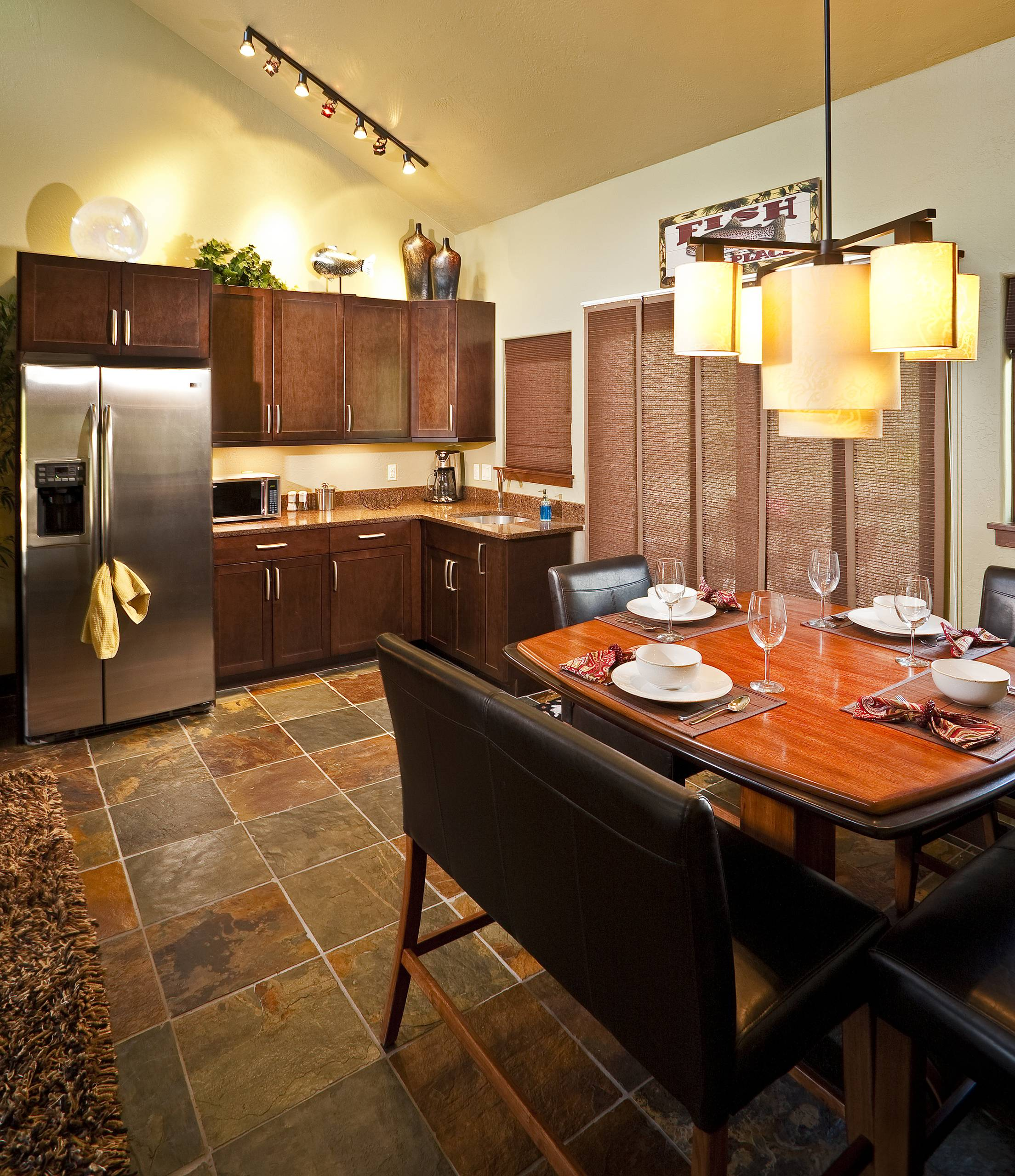 Certified Luxury Builders - Veritas Fine Homes Inc - Durango, CO - Cabin Guest H