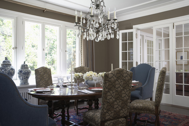 Charming Manor traditional dining room