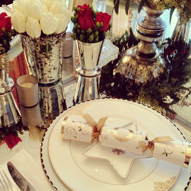 Christmas Dinner Tablescape traditional