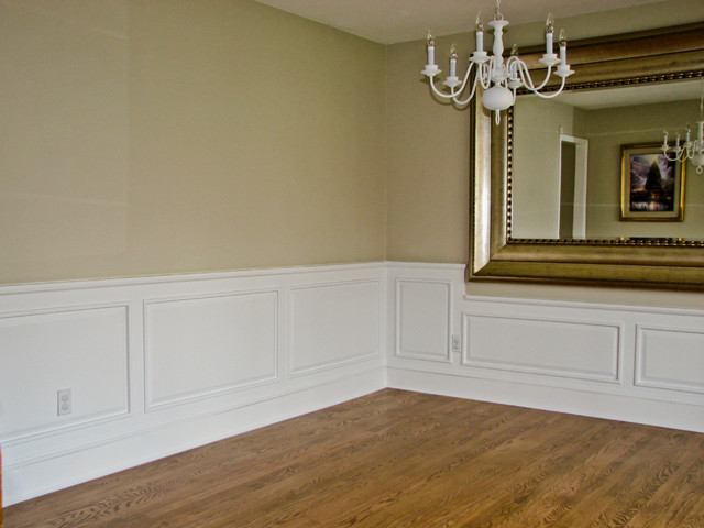Classic Colonial Raised Panel Wainscoting Traditional Dining Room