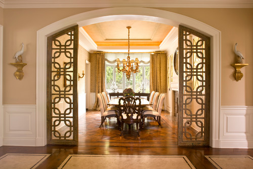 Traditional Family Room By Encino Interior Designer Dayna Katlin