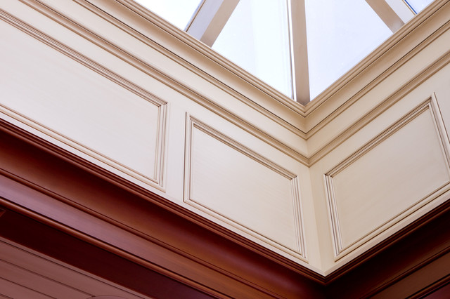 Glazed Architectural Molding : Classical white glazed skylight trim