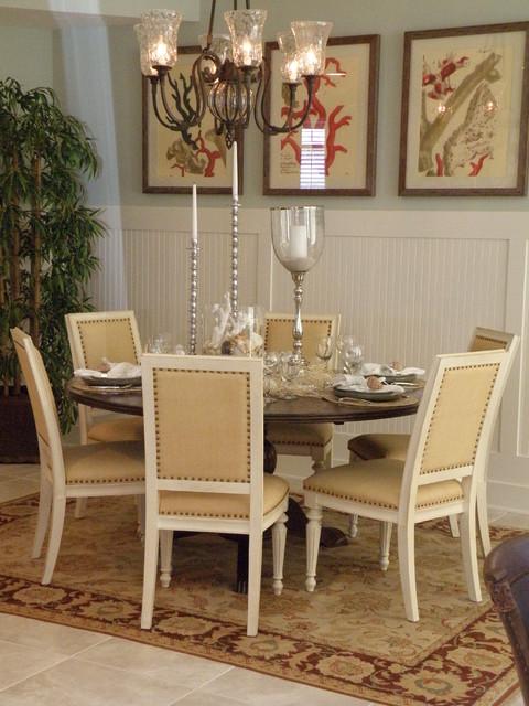 Coastal Design beach-style-dining-room