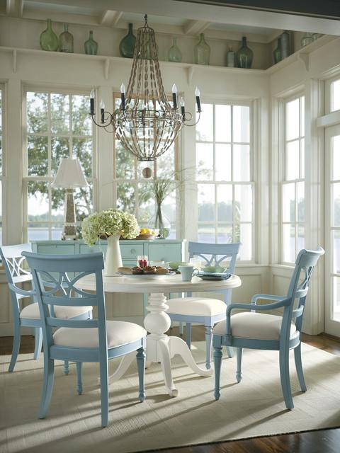 Coastal Living Cottage Dining Room Tropicale
