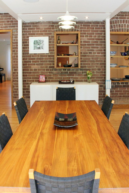Example of a mid-sized trendy kitchen/dining room combo design in Toronto