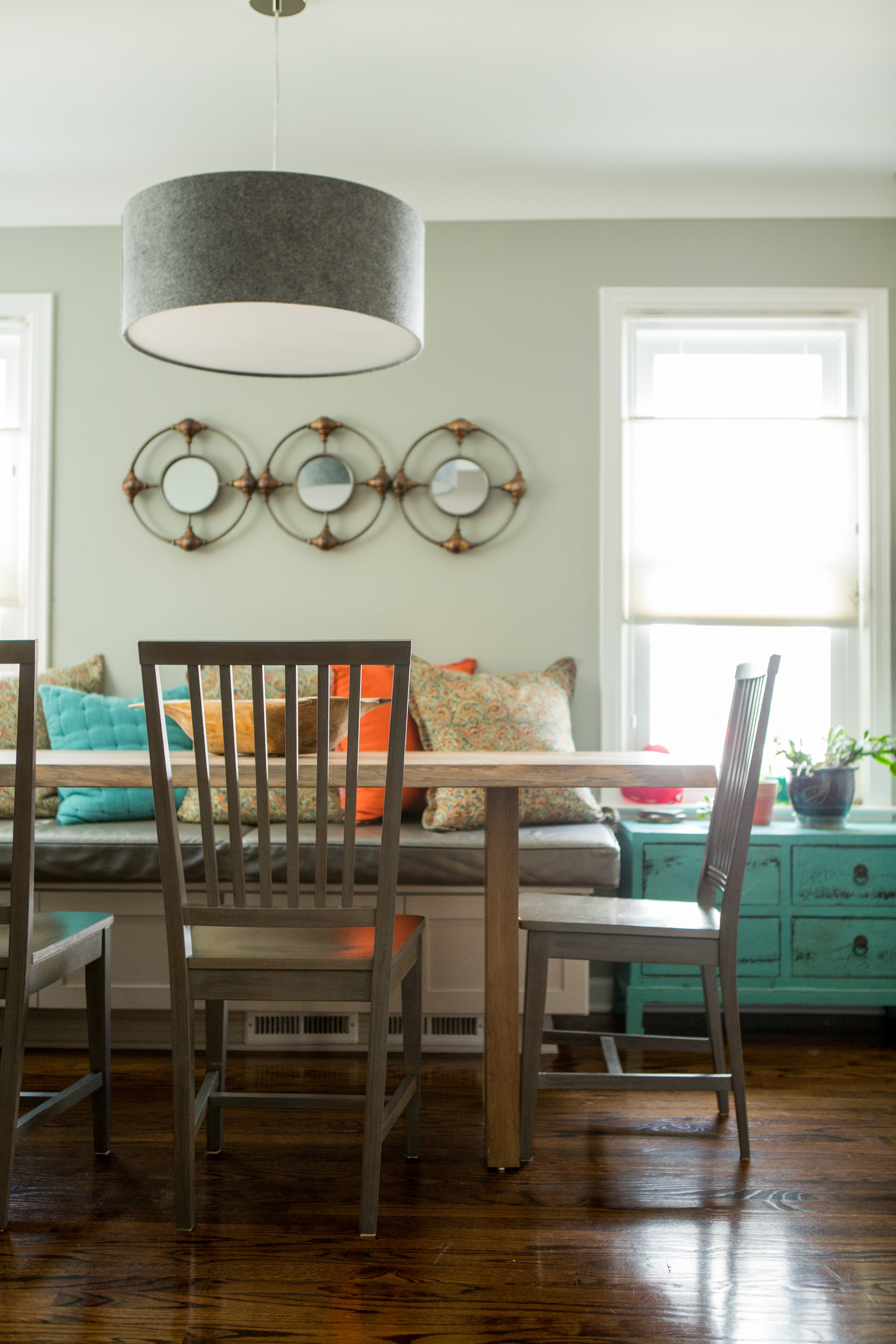Comfort and Style in Green and Gray