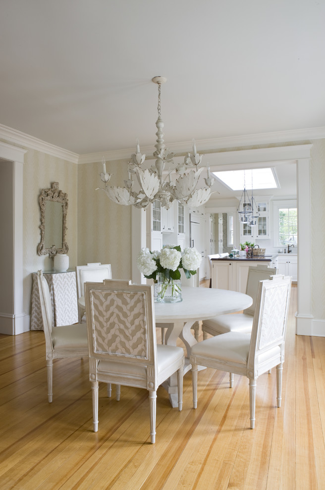 Cottage chic medium tone wood floor dining room photo in DC Metro with beige walls