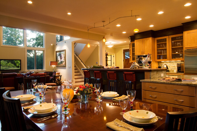 Compact and contempary with simple style traditional-dining-room