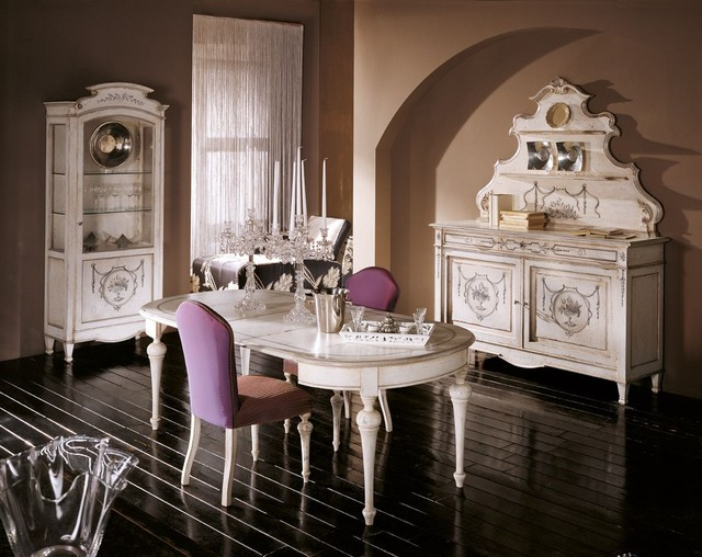 Conte D'Ancien traditional-dining-room